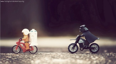 funny_lego_star_wars_background-1366x768